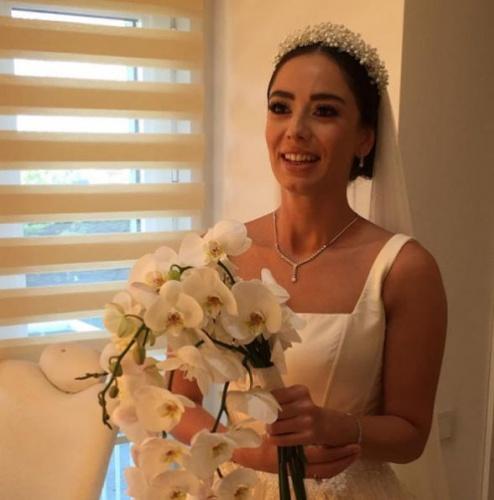 Merve Sevi spor hocası ile evlendi