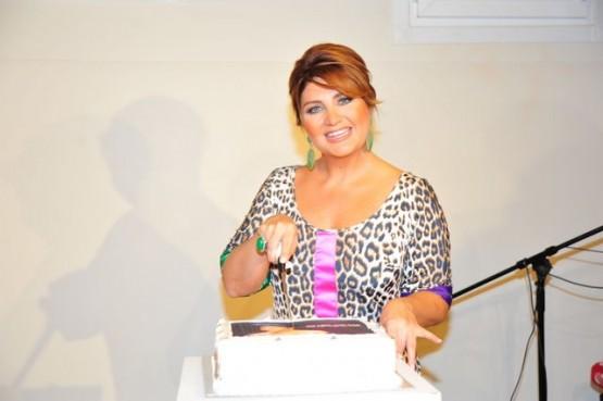 Sibel Can yeni albümü Meşk'i tanıttı