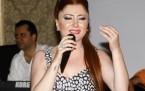 Yeliz'den beş yıldızlı albüm tanıtımı