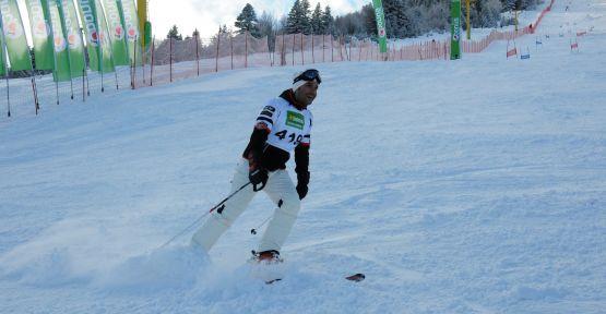 11. Bonus Snow Masters Yarışları Uludağ'da yapıldı.
