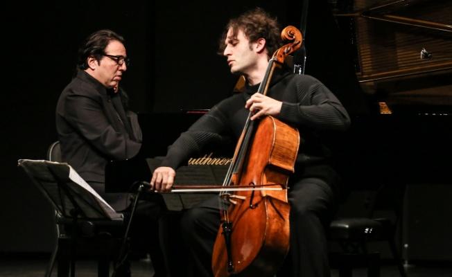 Fazıl Say ve Nicolas Altstaedt Zorlu PSM'de müzik ziyafeti çekti