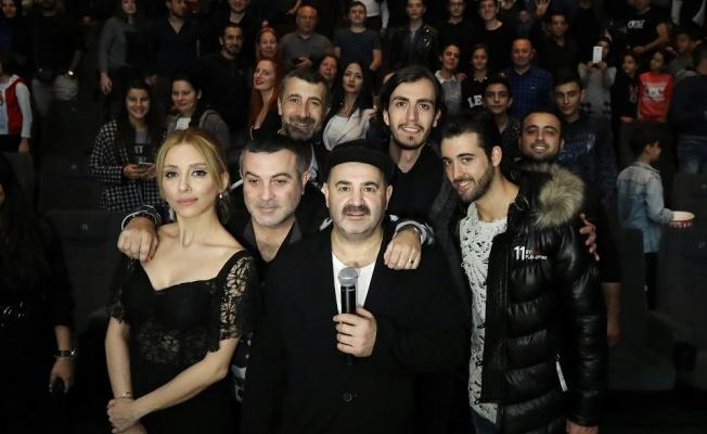 Ketenpere filminin oyuncuları İzmirlilerle buluştu