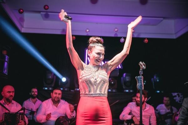 Ceylan Ertem, Tan Taşcı, Şevval Sam ve Haktan yılbaşında Ankara'da sahne aldı