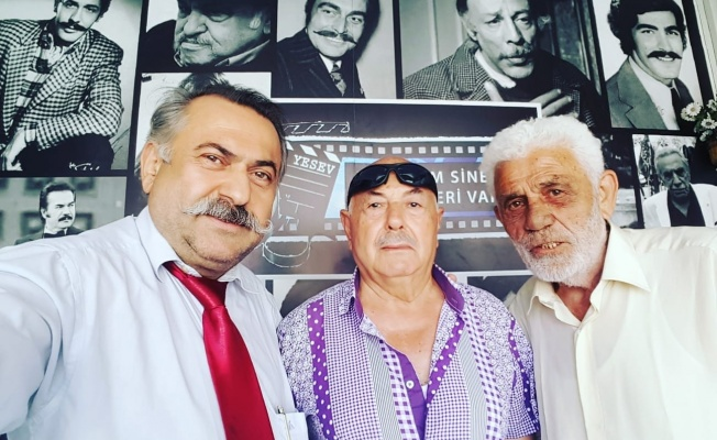 Yeşilçam'a Gönül Verenler Vatandaşlarla Bayramlaştı