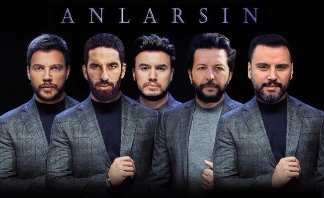 Mustafa Ceceli: O kapak fotoğrafına çok güldük!