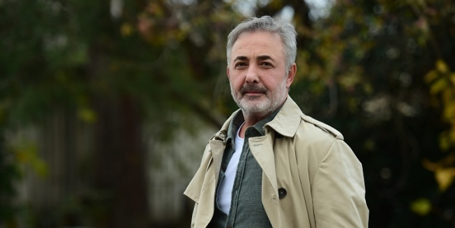 Mehmet Aslantuğ 'Kardeş Çocukları' ile ekranlara dönüyor!