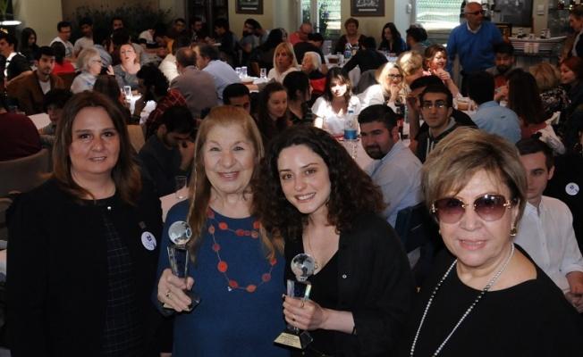 Ayla Algan'a onur ödülü