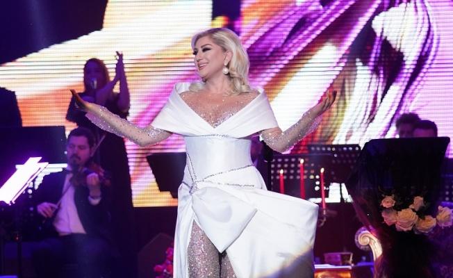 "Muazzez Ersoy ""Lady Gaga beni taklit ediyor!"""