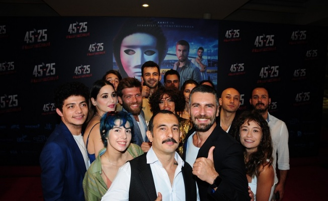 '45-25 Kusursuz Cinayet' Sinema Filmine Açıkhava'da Gala!