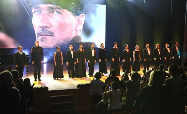"""""""Atatürk'ü Anma Gecesi"""" CRR'de Gerçekleşti"""