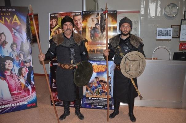 'Türkler Geliyor: Adaletin Kılıcı' gösterime girdi