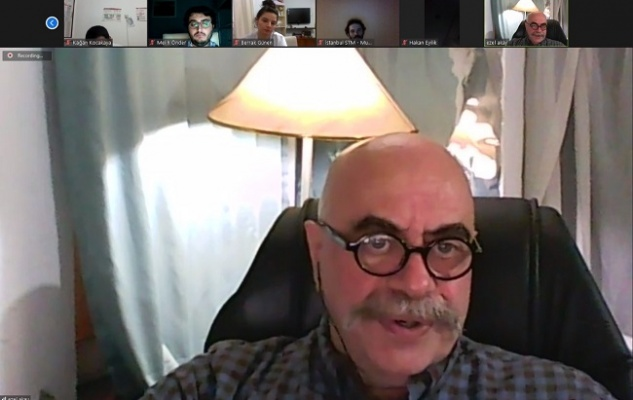 Ezel Akay geleceğin sinemacıları ile görüştü