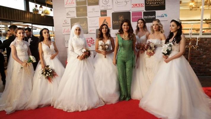 Sağlık çalışanlarının gelinlikleri Pınar Bent'ten