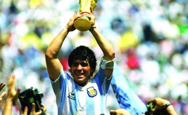 Maradona hayatını kaybetti