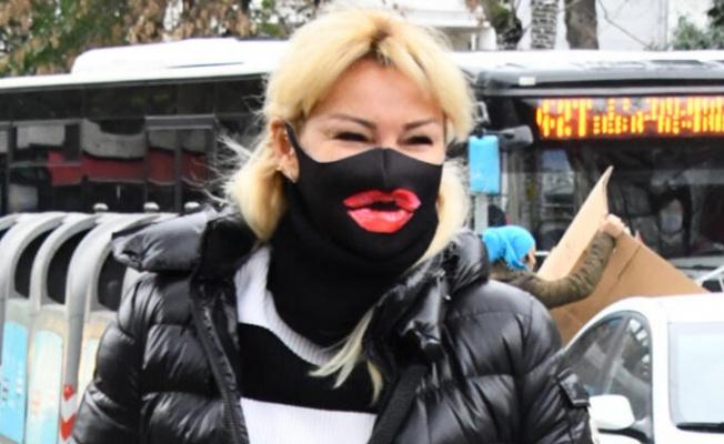 Pınar Altuğ maskesi ile tüm dikkatleri üzerine çekti