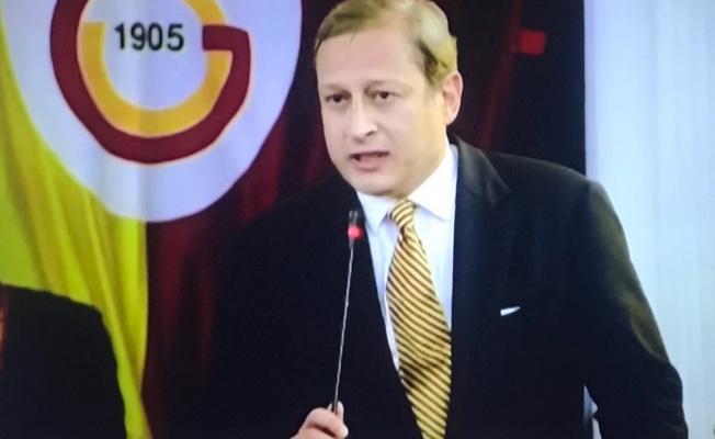 Burak Elmas, Galatasaray'ın 38. başkanı oldu.