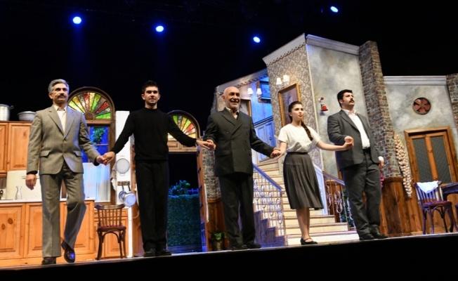 Şener Şen'in rol aldığı 'Zengin Mutfağı'na büyük ilgi!