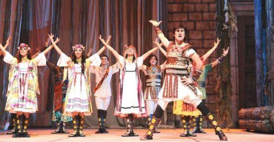 Anadolu Ateşi Rusya ve Azerbaycan'ı kendine hayran bıraktı