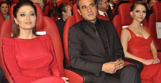 'Aşk Kırmızı'nın galası İstanbul da gerçekleşti