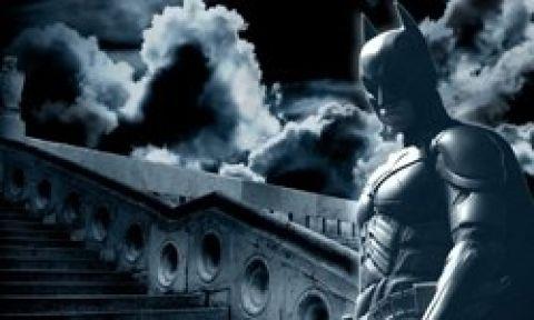 Batman'ın galasında şok saldırı!