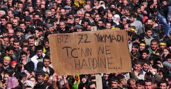 BDP gösterisinde dikkat çeken pankart!