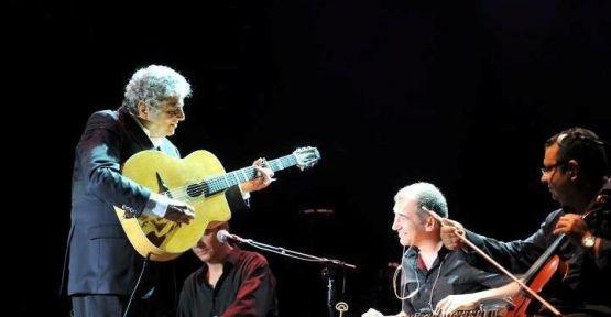 Enrico Macias 50'inci sanat yılını Kuruçeşme Arena'da kutladı
