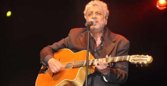 Enrico Macias Bodrum'da müzik ziyafeti çekti