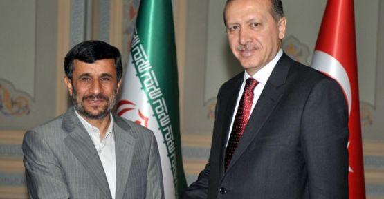 Erdoğan, Ahmedinejad ile görüşüyor