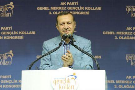 Erdoğan Tiyatroculara Rest Çekti