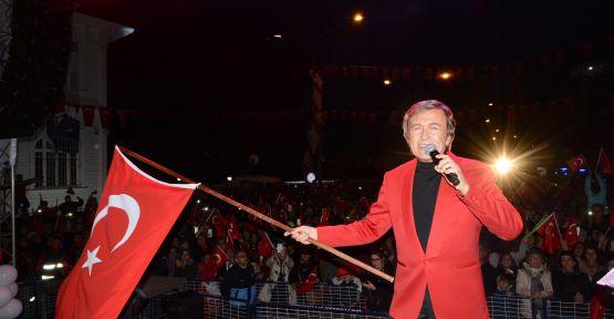 Erol Evgin'den muhteşem Cumhuriyet Bayramı Konseri