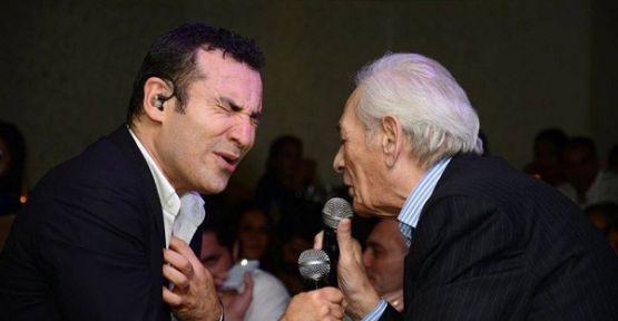 Ferhat Göçer ve Selami Şahin Adnan Şenses'i andı