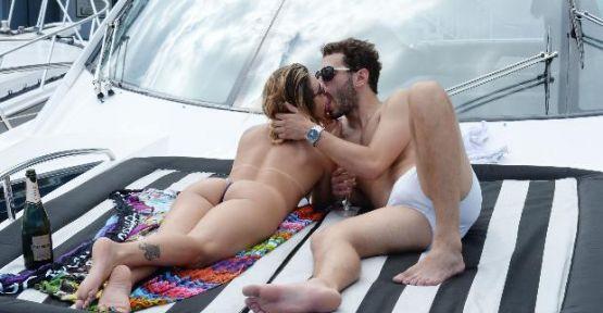 Fernandes Miami'de aşk tatilinde!