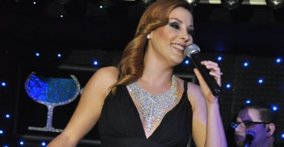 Funda Arar'dan yeni albüm sürprizi