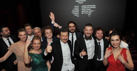 'Hesapta Aşk'ın galası  Kanyon da Cinemaximum Sinemaları'nda gerçekleşti.