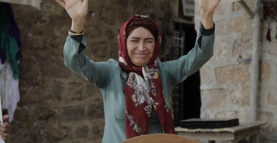 Hükümet Kadın 2'de erken seçim heyecanı