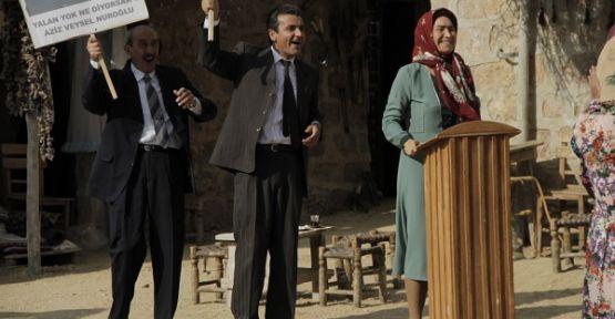 'Hükümet Kadın' Demet Akbağ 8 Kasım'da sinemalarda!