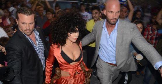 Lady Gaga izdihamı!