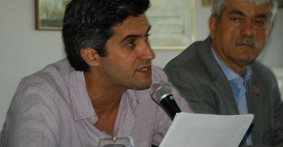 M.Ali Alabora'dan iddialara yanıt: Ben bir sanatçıyım!