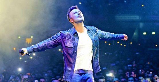 Megastar Tarkan Dortmund'da Türk Festivali'nde sahne aldı