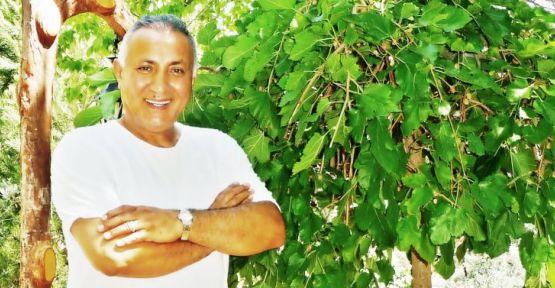Mehmet Yüzüak'tan Sezen Aksu'ya destek
