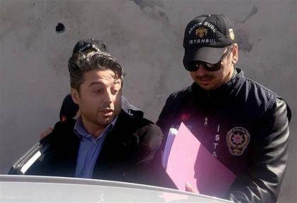 Müjdat Gezen Sanat Merkezi'ni kundaklayan kişi tepkiler üzerine yeniden gözaltına alındı.