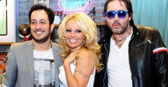 Pamela Anderson'lı bölüm yeniden ekranda
