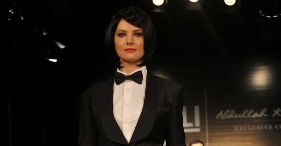 Şenay Akay ve Şebnem Schaefer podyuma simokinle çıktı