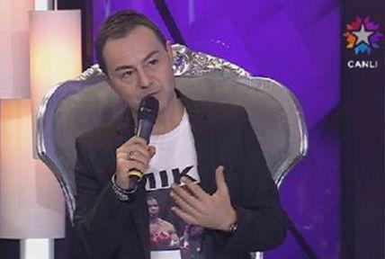 Serdar Ortaç Ahmet Kaya'dan canlı yayında özür diledi!