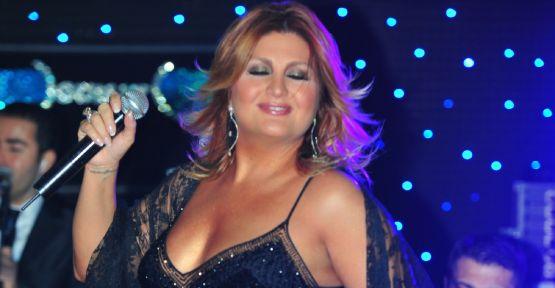 Sibel Can Günay'da ki son galasında ünlüleri coşturdu!