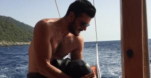 Burak Sevinç, Fethiye'de tüplü dalış yaptı