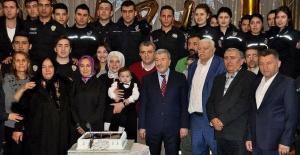 İstanbul Emniyeti'nden şehidin bebeğine doğum günü partisi
