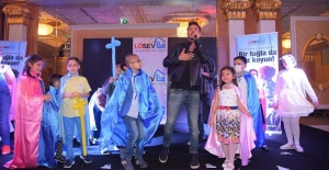 Yağmur Tanrısevsin ve Kolpa'dan Lösemili Çocuklar Vakfı'na destek