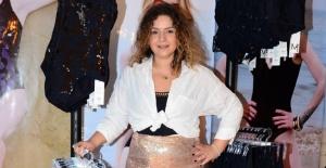 Melike Akbaşoğlu yeni koleksiyonunu tanıttı