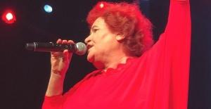 Selda Bağcan 4 Temmuz'da Harbiye Açıkhava Sahnesi'nde